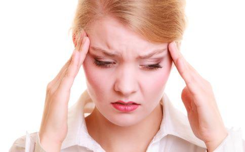 夏季头痛怎么办 头痛按摩哪些穴位 按摩哪里能缓解头痛