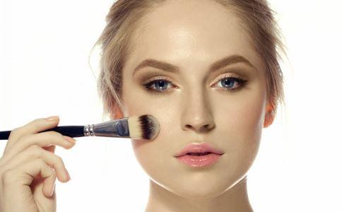 不同脸型的腮红画法 腮红的画法 各种脸型腮红的画法