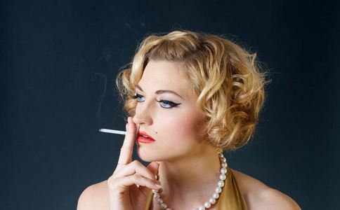 动车吸烟最高罚2000 吸烟的危害 吸烟如何戒烟