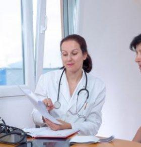 子宫脱垂有哪些症状表现 子宫脱垂有哪些危害 如何护理防止子宫脱垂