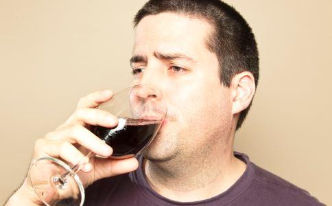 男人饮酒的好处 适量饮酒有好处吗 男人喝酒