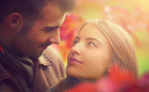 屌丝追求女神的恋爱技巧 追求女神的方法 恋爱技巧有哪些