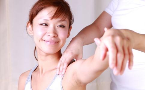 手臂为什么会变粗 瘦手臂最快的方法是什么 怎么瘦手臂最快