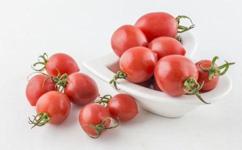食疗 推荐 夏日 夏季 功效 放入 材料 做法 水果 草莓 适量 西瓜