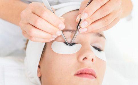 眼袋是怎么形成的 眼袋和脾虚有关吗 眼袋怎么消除
