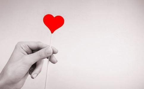 心肌炎有哪些早期症状 心肌炎后遗症有哪些 如何治疗心肌炎后遗症