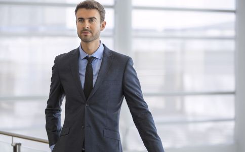 成功男士的必备物都有什么 有品位的男士都选择什么 男人必须具备什么