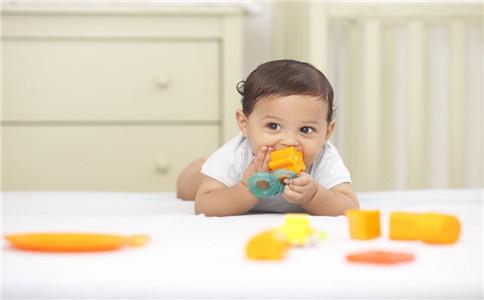 宝宝能倒立吗 宝宝倒立注意什么 什么运动适合宝宝