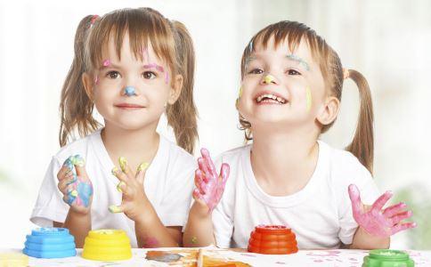 怎样开发孩子的智力 开发孩子智力 如何开发孩子智力