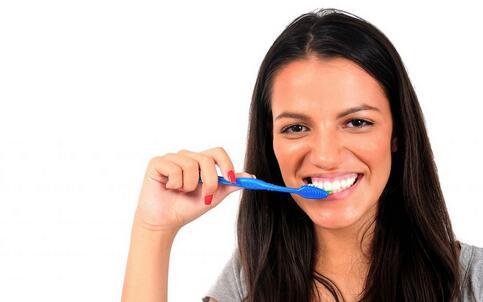 牙龈出血是什么原因 牙龈出血如何预防 牙龈出血的预防方法