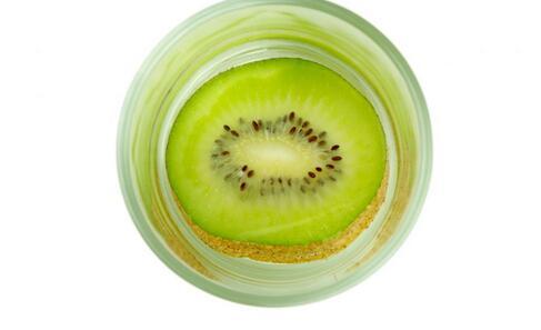 便秘吃什么水果 缓解便秘的水果 哪些水果缓解便秘
