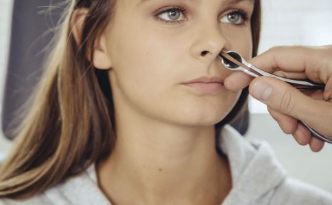 鼻咽癌的症状有哪些 鼻咽癌有什么早期症状 鼻咽癌如何预防
