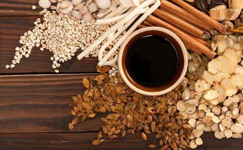 如何预防痛经 痛经的原因 痛经的食疗方法