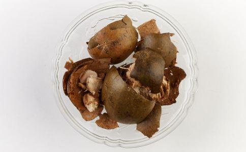 慢性咽炎吃什么好 吃什么可以治疗慢性咽炎 慢性咽炎的食疗方法