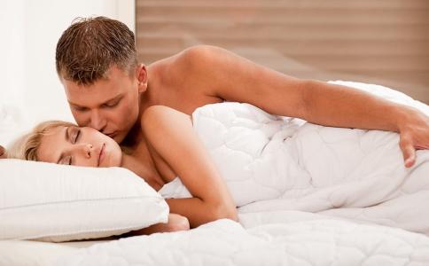 男人精子数量少是什么原因 男人吃什么可以补精子 男人不精子吃什么好