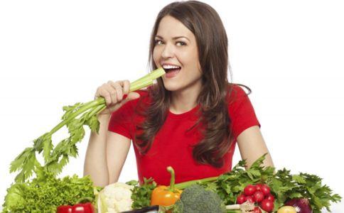 吃什么补充女性荷尔蒙 女性荷尔蒙有什么作用 女性荷尔蒙失调的症状