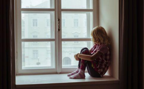 抑郁症有哪些征兆 抑郁症的人会怎样 抑郁症有哪些早期表现