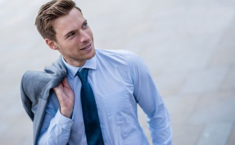 男人穿内裤跟性格有关吗 男人的内裤可以看出他的性格吗 男人喜欢穿什么颜色的内裤