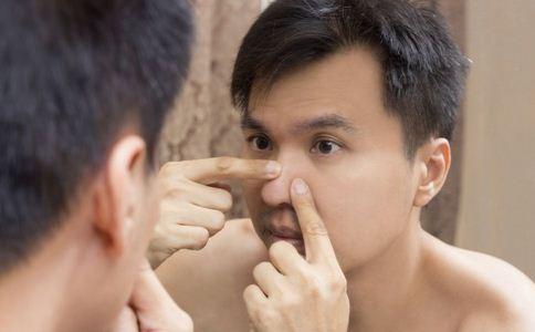 黑头粉刺形成的原因有哪些 黑头粉刺去除的最佳时间 去除黑头粉刺的方法