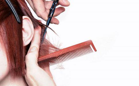 女子理发被告知得妇科病 女子被告知得妇科病 妇科病的症状