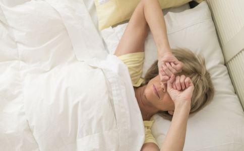 老人怎么促进睡眠 什么事会影响睡眠 睡前做什么能养生