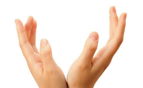 怎样才能拥有白嫩双手 怎么才能让双手又白又嫩 专业护手步骤