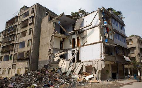 地震已致9人死亡 地震如何自救 地震后的自救方法