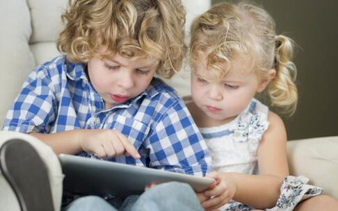 男童玩手游花5万 儿童沉迷游戏的危害 沉迷游戏有哪些危害
