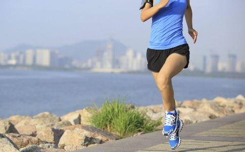 夏季健身的注意事项 夏季做什么运动好 什么运动适合夏季做