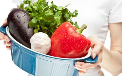 秋天的饮食该注意什么 绿豆怎么煮才能排毒 男人应该多吃哪些排毒的食物