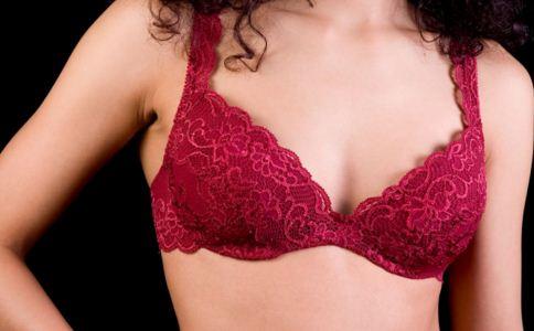 女性乳房胀痛的原因 女性乳头瘙痒的原因 女性乳头瘙痒怎么办