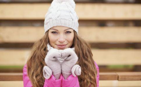 女性体寒是怎么回事 女性体寒怎么办 女性驱寒吃什么好