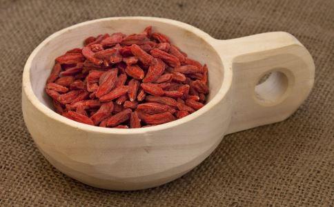 吃枸杞补肾吗 吃多少枸杞能补肾 吃枸杞的好处有哪些