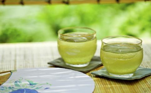 哪些茶减肥效果好 最适合夏季的减肥茶有哪些 喝哪些茶可以减肥