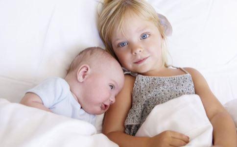 肾母细胞瘤有哪些症状 肾母细胞瘤有哪些并发症 小儿如何预防肾母细胞瘤