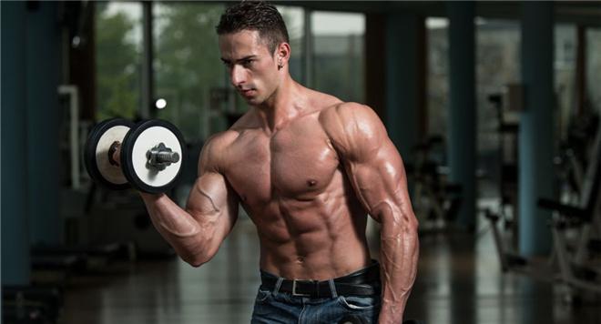 怎么练好肱二头肌 肱二头肌训练方法 练肱二头肌的动作