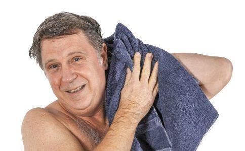 老人洗澡的注意事项 老人洗澡要注意什么 老人洗澡有哪些事情要注意