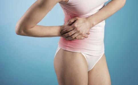 引起痛经的原因是什么 骨盆歪会引发痛经吗 骨盆歪如何矫正