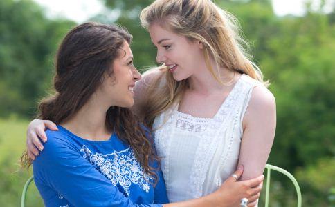 女人与女人之间怎么相处 闺蜜之间如何相处 好朋友怎么相处比较好