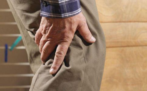 老人膝盖骨质增生治疗方法 老人骨质增生注意什么 骨质增生如何治疗