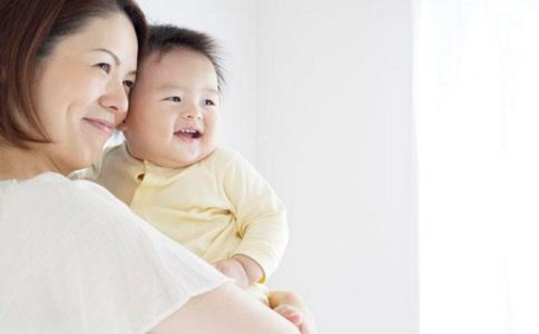 与孩子沟通的技巧 和孩子说话要注意什么 父母如何与孩子交流
