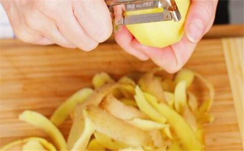 土豆皮的作用 怎么快速去除土豆片 土豆片能吃吗