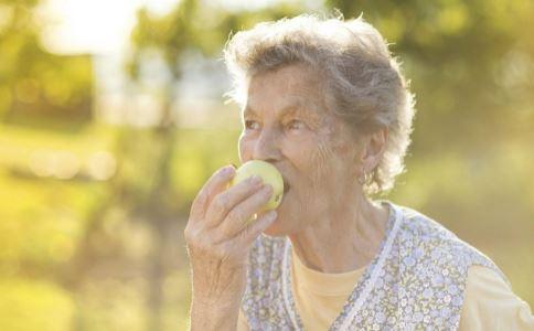 初秋如何预防脑卒中 预防脑卒中的方法 老人怎么预防脑卒中