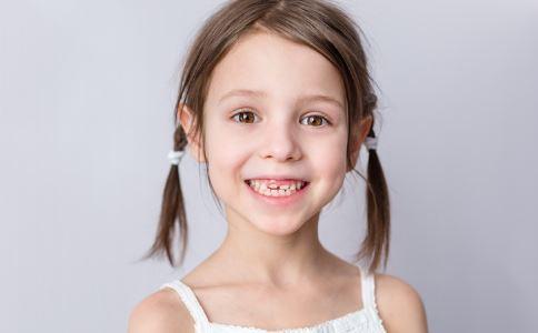 流鼻涕因鼻腔内长牙齿 孩子长牙换牙注意什么 孩子长牙有哪些注意事项