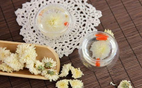 秋季喝菊花茶好吗 菊花怎么吃 秋季吃菊花的禁忌