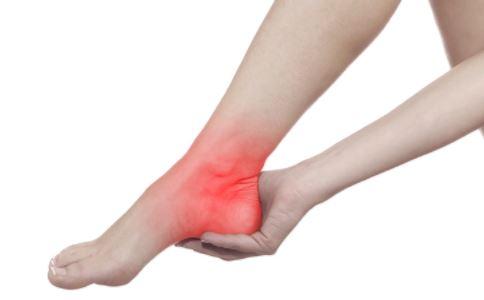 糖尿病患者为什么会脚疼 糖尿病足有哪些危害 糖尿病人脚疼怎么办