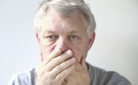 为什么老年人退休后更易得高血压 老年人高血压的特点是什么 老年人高血压应注意什么