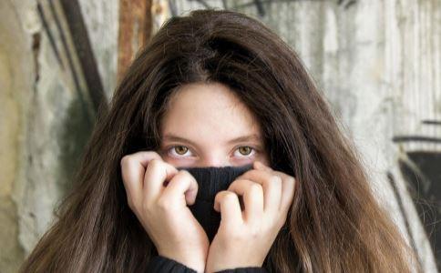 有黑眼圈怎么办 如何消除黑眼圈 有黑眼圈吃什么好