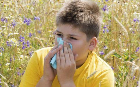 鼻炎吃什么好 鼻炎怎么治疗 如何治疗鼻炎