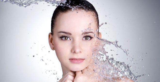 秋季如何给皮肤补水 中医如何给皮肤补水 上班族怎么给皮肤补水